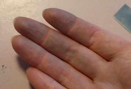 Saubere Hände nach dem arbeiten mit Fimo