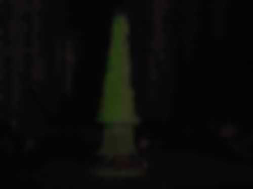 Kitschiges zu Weihnachten: eine nachtleuchtende Tannenbaum-Box aus Fimo