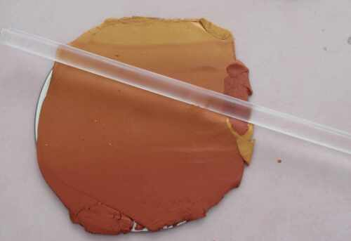 Fimotic.com Anleitung von Tumana Fimo + CD-Recycling + Alcohilink ergibt ein ganz zauberhaftes Farbspiel. Einzigartige Farbeffekte!